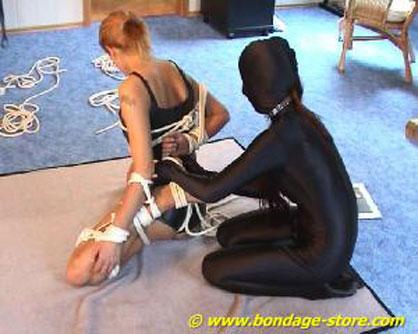 What fuctioning bondage contest